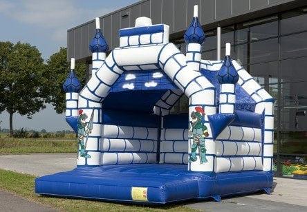 springkussen-blauw-kasteel-444×308